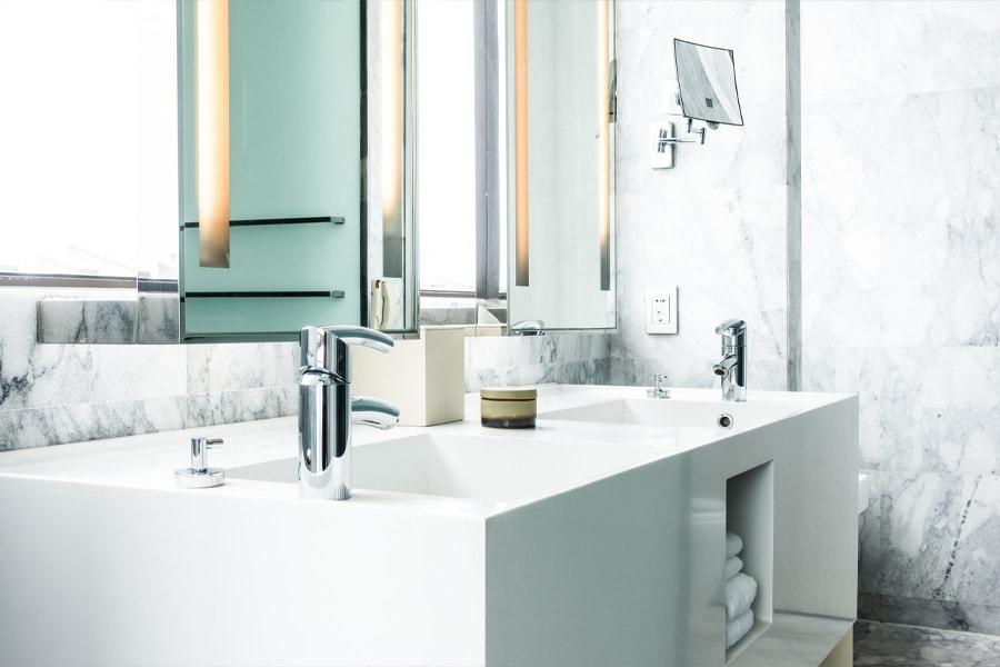 Rénovation salle bains : les bonnes questions à se poser avant de lancer les travaux